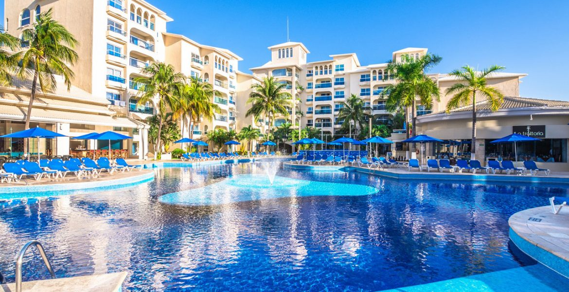 pool-occidental-costa-cancun-beach-resort
