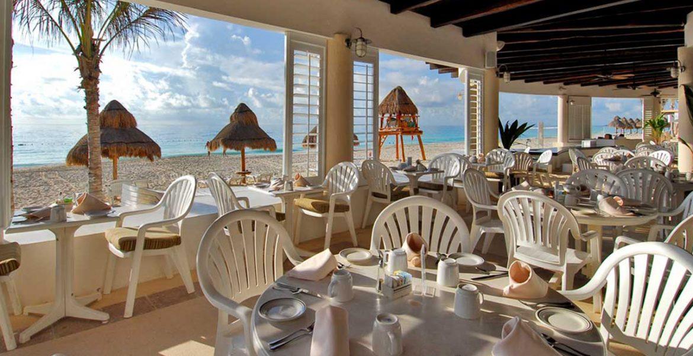 beachfront-dining-omni-cancun-beach-hotel-cancun-mexico
