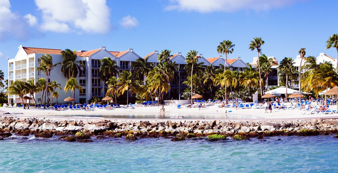 beach-Renaissance-Aruba-Resort-Casino