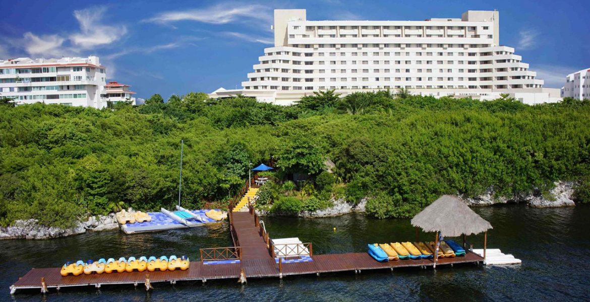hotel-view-Royal-Solaris-Cancún-All-Inclusive