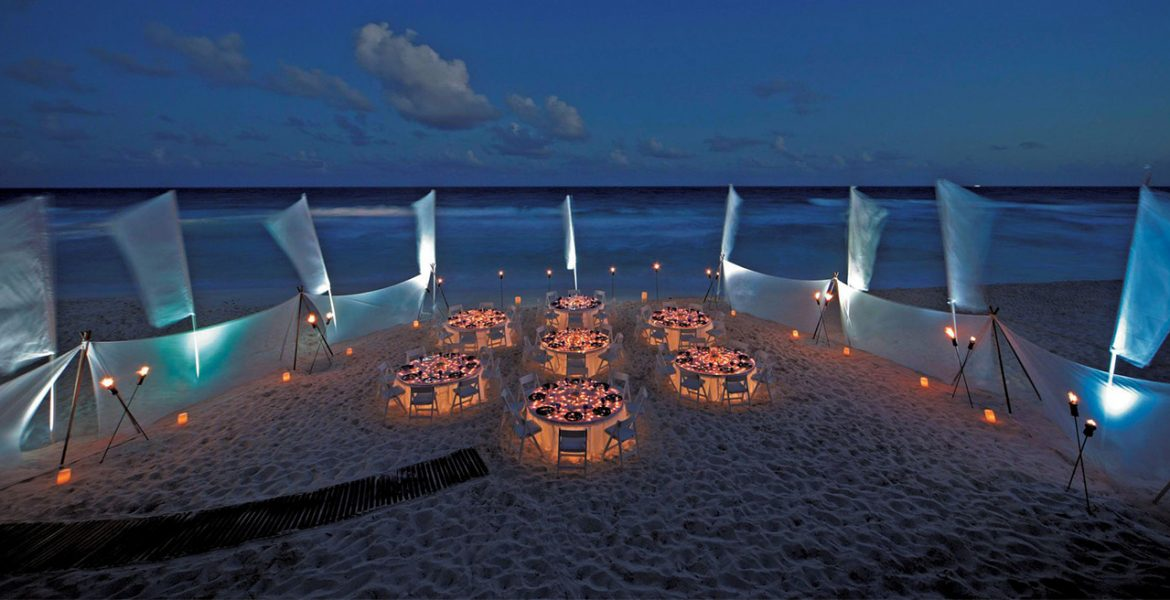 wedding-reception-setup-ritz-carlton-hotel-cancun