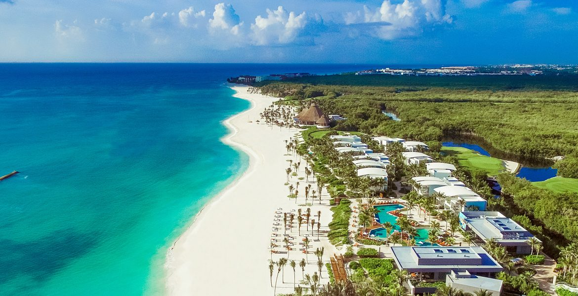 aerial-view-beach-andaz-mayakoba-resort-playa-del-carmen-mexico