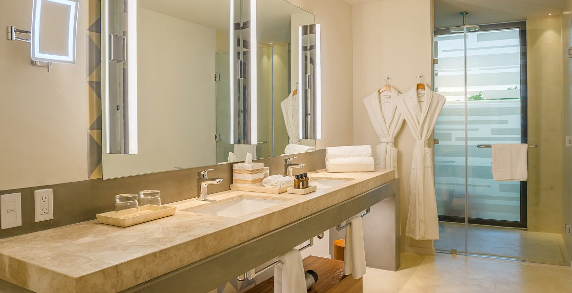 suite-bathroom-andaz-mayakoba-resort-playa-del-carmen-mexico