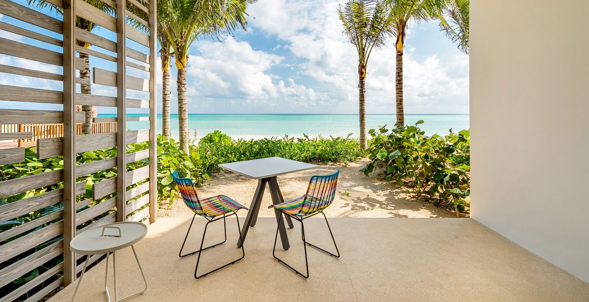 private-beachfront-patio-table-andaz-mayakoba-resort-playa-del-carmen-mexico