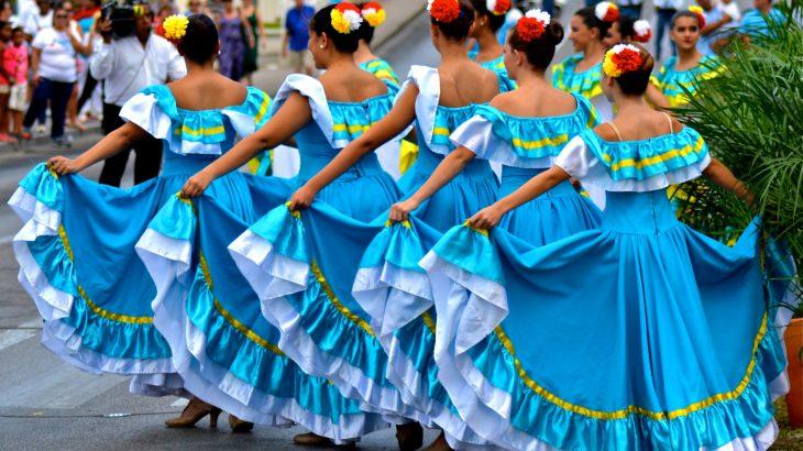 traditional-aruba-folklore-dancers-aruba-carnival
