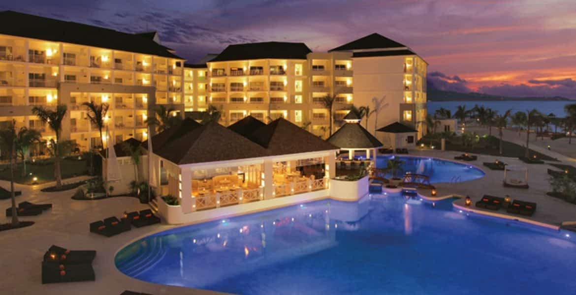 hotel-pool-sunset-secrets-st-james-montego-bay-jamaica