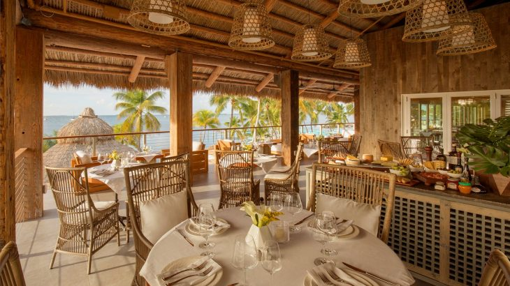 open-air-dining-bungalows-key-largo