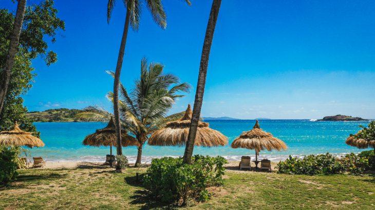 beqia-beach-hotel-beach-umbrellas
