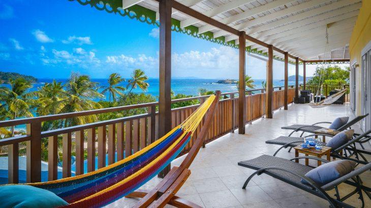 beqia-beach-hotel-hammock-balcony