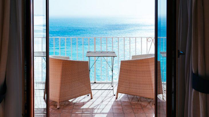 ocean-view-balcony-best-airbnbs-caribbean