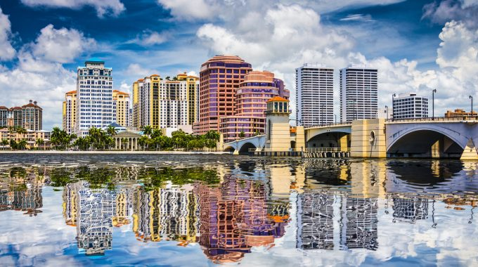 west-palm-beach-florida-skyline