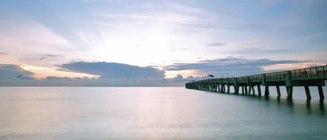 lake-worth-beach-pier-palm-beach-florida