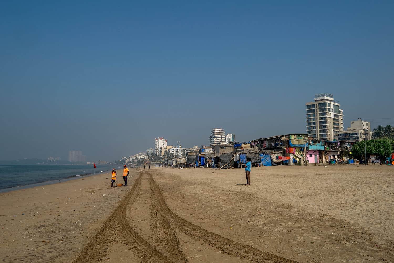 Clean beach in Mumbai