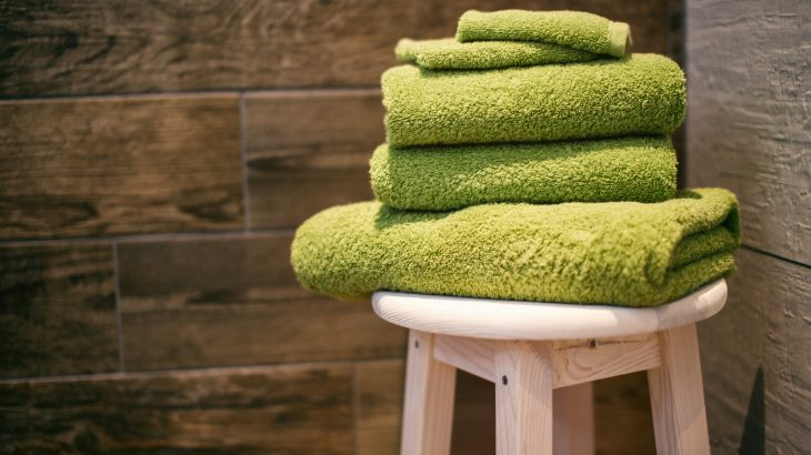 reuse-hotel-towels-on-vacation-eco-friendly-travel