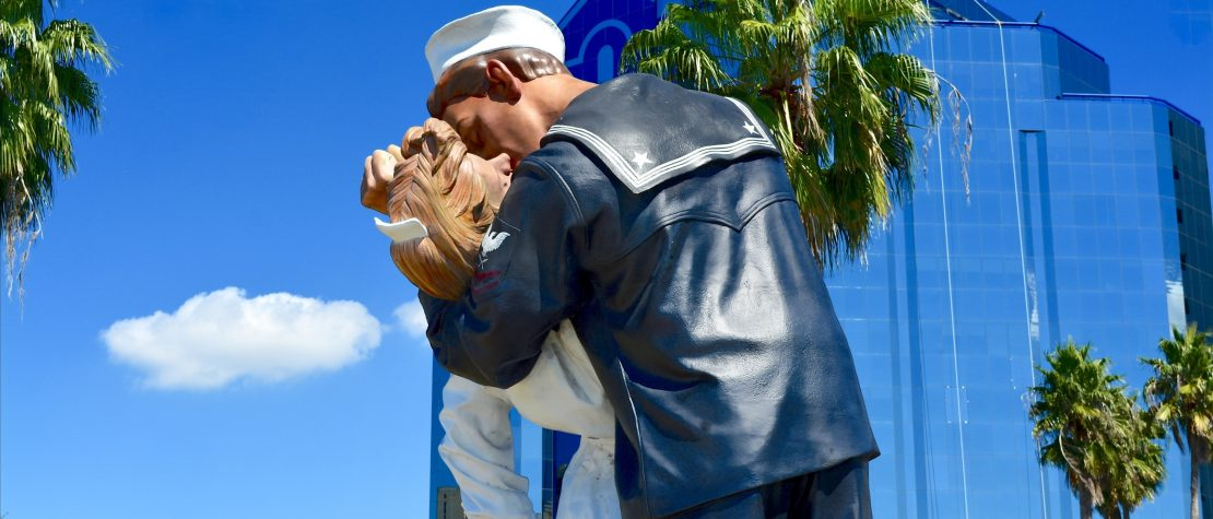 Unconditional Surrender statue in Sarasota, FL