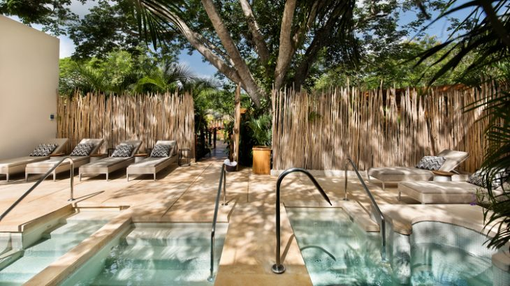 hydrotherapy-at-chable-resort-and-spa