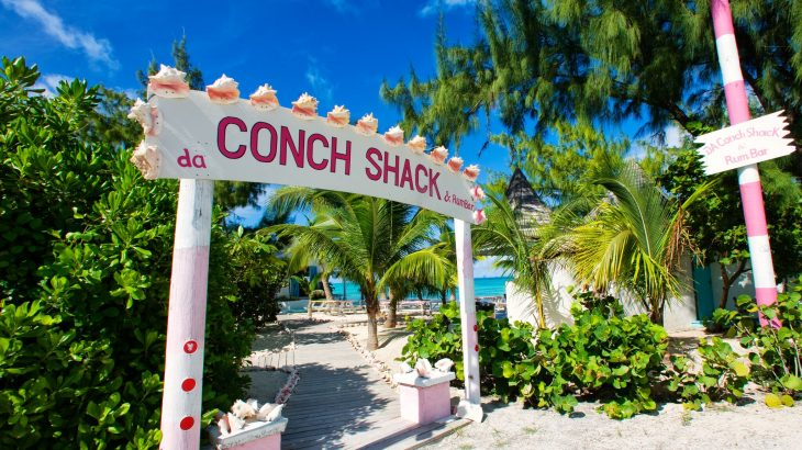 da-Conch-Shack-Rum-Bar-at-Turks-and-Caicos